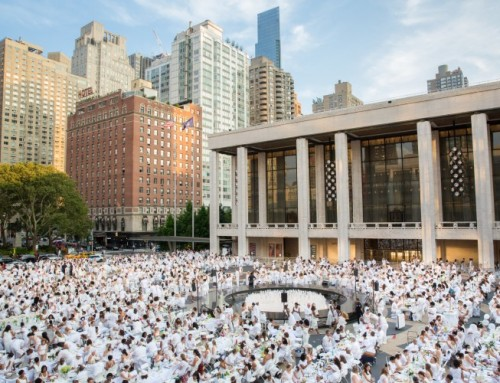 Dîner en Blanc NYC Returns to Lincoln Center for Their 7th Year Celebrations