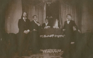 Hirshorn-coffin-big