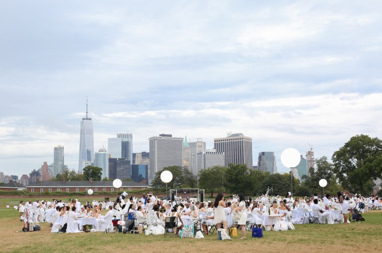 8th Annual Le Dîner en Blanc Sails to Governor's Island