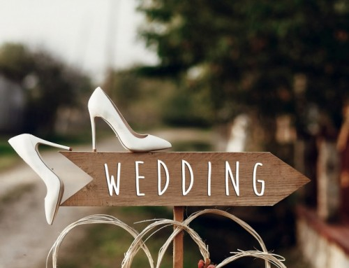 Simply in Love: 7 Decoration Ideas for a Tastefully Simple Wedding Ceremony