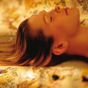 new-york-luxury-spa-chakra-balancing-treatment-1